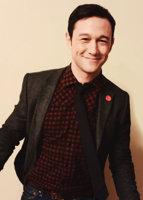 sweet-smile-joseph-gordon-levitt-33665782-500-700