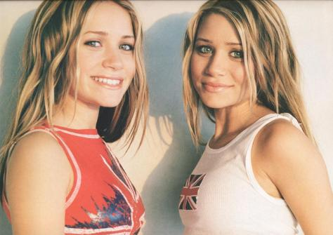 Calender-2003-mary-kate-and-ashley-olsen-22310612-1404-995
